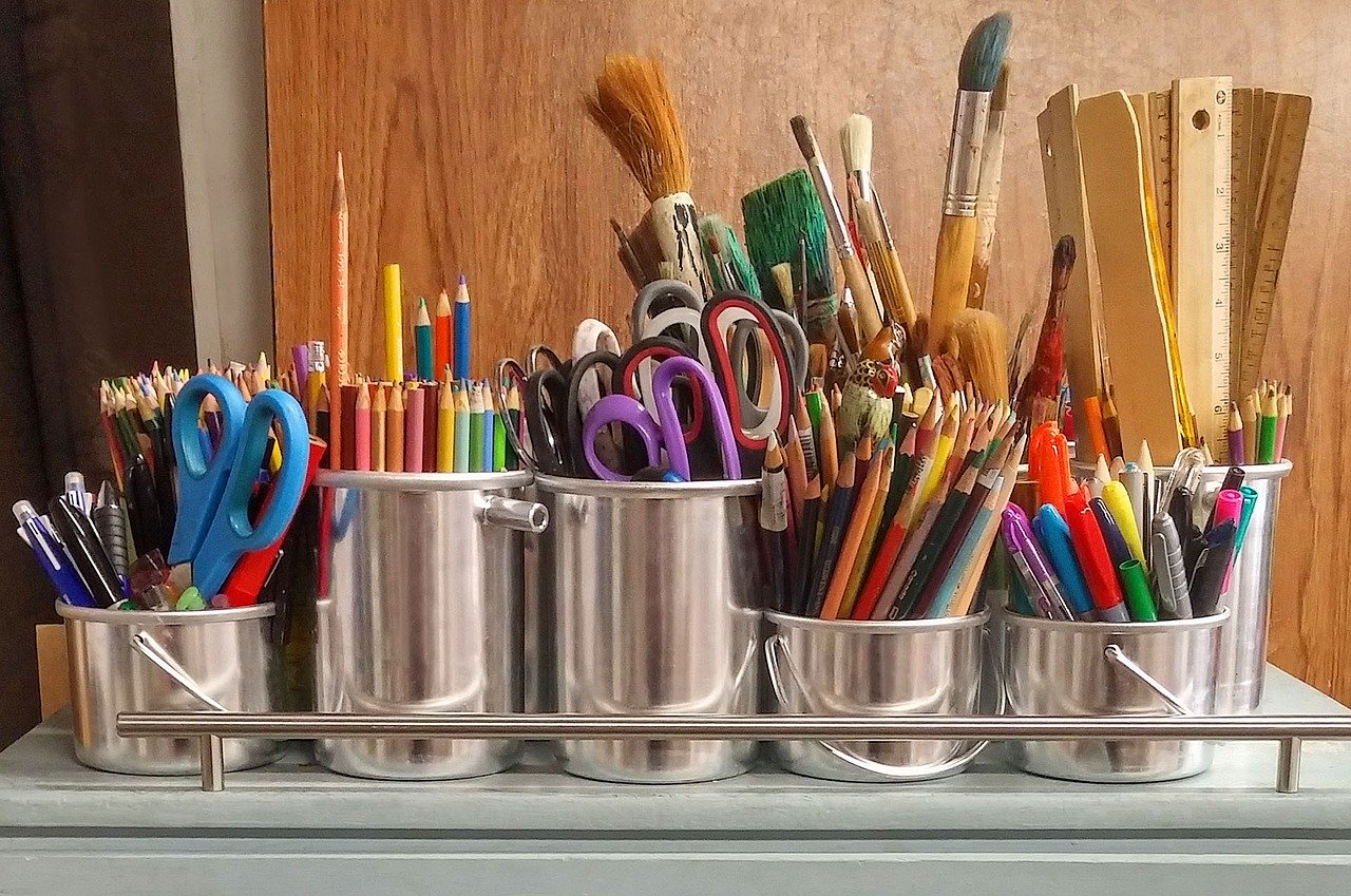 3 DIY Projects to Craft in Your Aberdeen Apartment