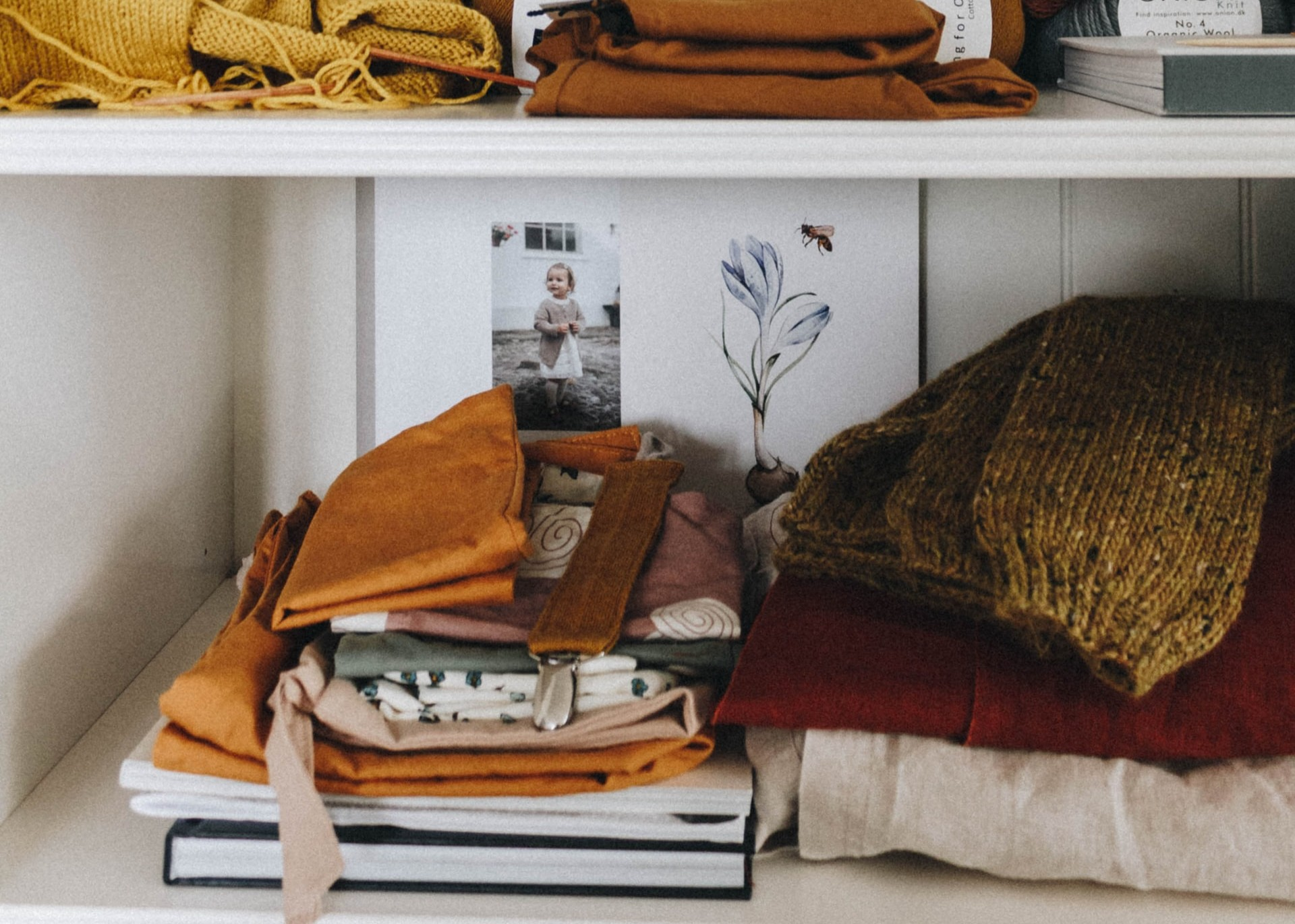 How to Give Your Aderdeen Apartment Closet a Fall Refresh
